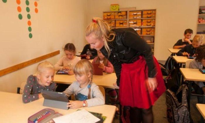 Học sinh Estonia hết 'bỡ ngỡ' với học từ xa