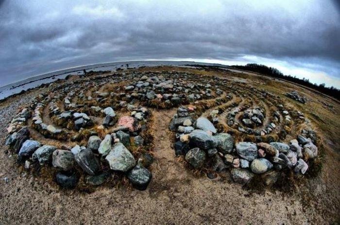 Kỳ bí những mê cung bằng đá ở Nga