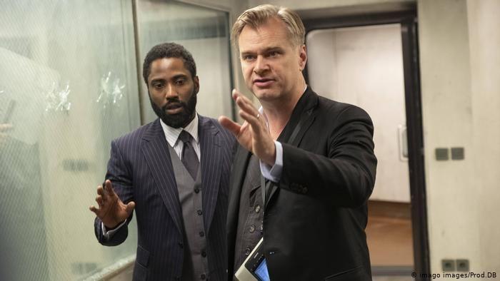 Tenet hóa bom xịt thê thảm: Christopher Nolan đã quá tự mãn?