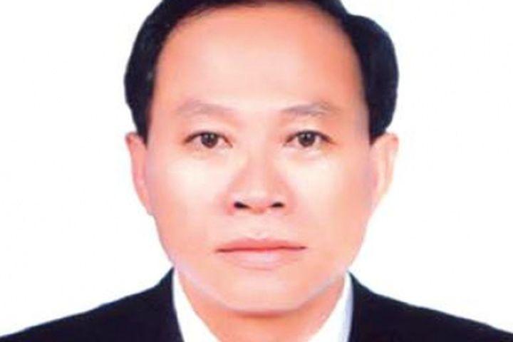 Ong Chủ Tịch Huyện Phong điền Noi Gi Về Việc Keo Cả Dong Họ Vao Lam Can Bộ Bao Một Thế Giới