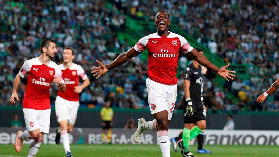 Welbeck 'nổ súng', Arsenal thắng trận thứ 11 liên tiếp