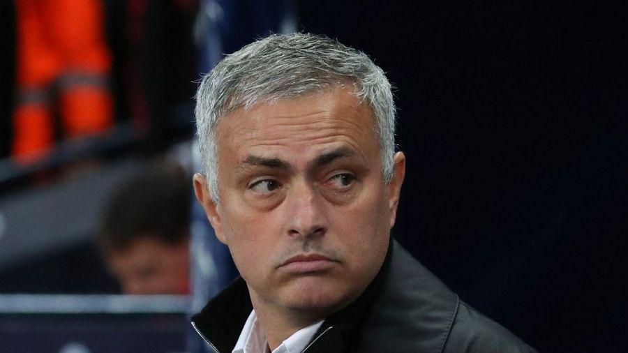 Mourinho bị sa thải nếu MU trượt tốp 4 Ngoại hạng Anh