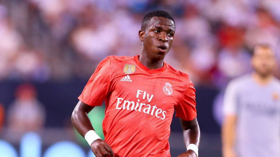 Real công bố 20 ngôi sao đến Ý đấu AS Roma: Bất ngờ có ngôi sao trẻ