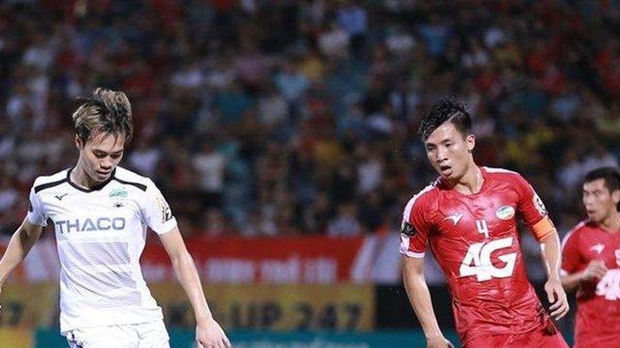 King's Cup 2019: Đã đến lúc trao cơ hội đá chính cho Văn Toàn