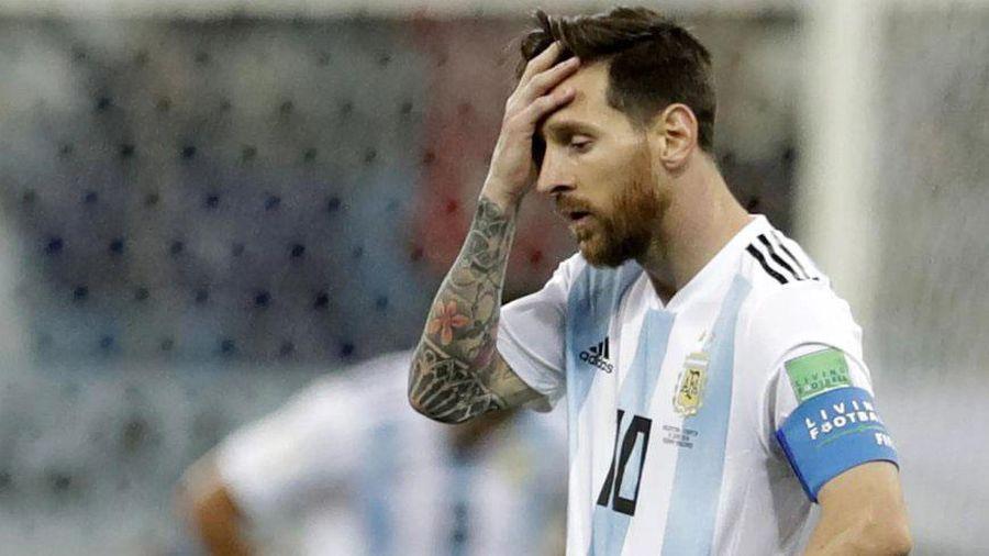 Troll bóng đá 20/6: Messi cầu cứu thầy Park